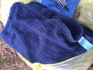 Handtuch vom Camp von den Erdmännchen oder Füchsen